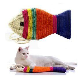 Canine Sisal Fish Shaped Kitten Cat Scratcher, multicolor