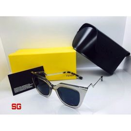Fendi Cat Eye Sunglasses FND454