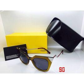 Fendi Cat Eye Sunglasses FND460