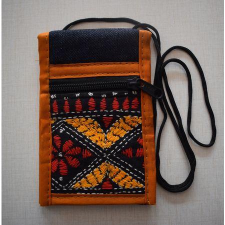 Black Jeans With Brown Handmade Pipili Slim Bag AJ001413