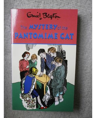 Blyton: mystery of the pan
