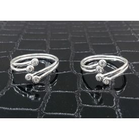 Graceful Upper Openable Stone Studded Silver Toe Ring-TR264