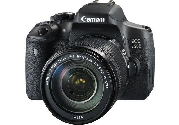 Canon EOS 750D 18-135mm