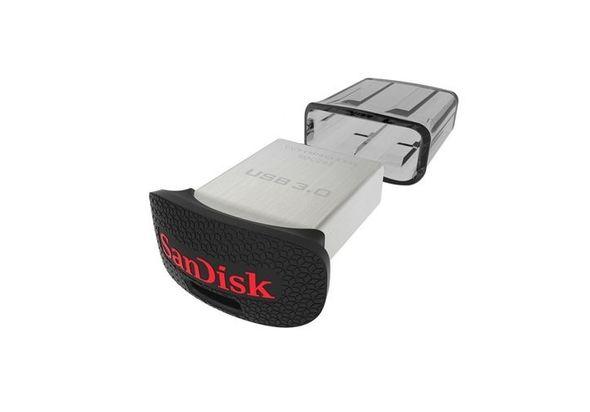SanDisk Ultra 32GB USB 3.0 Flash Drive