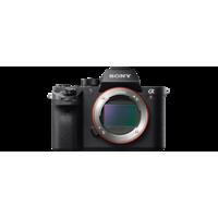 كاميرا α7R II مع حساس صور كامل الإطار بإضاءة خلفية