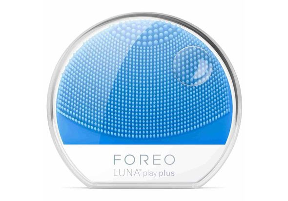 Foreo Luna Play Plus,  Fuchsia