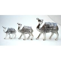 White Metal Camel Kafila - three Camels Statue, regular