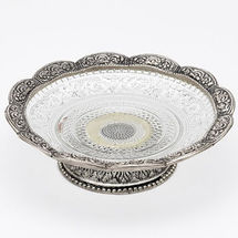 Glass and White Metal Fruits Plate with Metal Base, regular