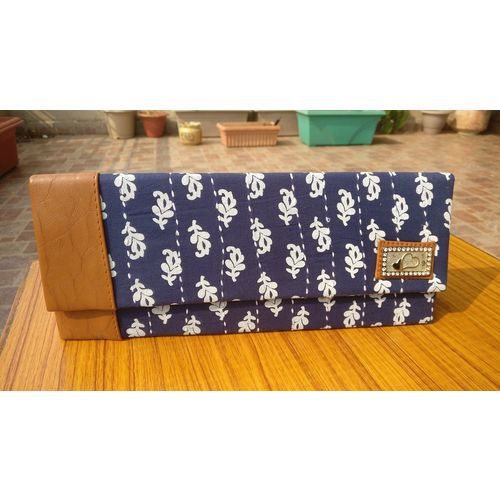 Indigo blue Mulmul Bags with Kantha Stitch Wallets with Chain Hanging 1