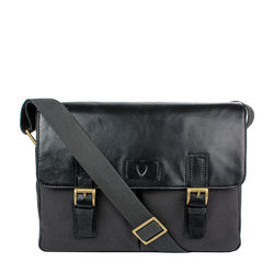 Bedouin 02 Messenger bag,  black