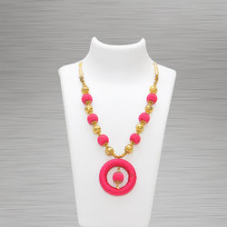 Silk Thread Necklace (Pendant Pink)