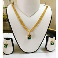 Gold and green Pendant set - PD096