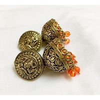 Temple jhumkis in silver finish - ME088