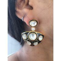 Beautiful kundan and black meenakari earrings for women - KEG165