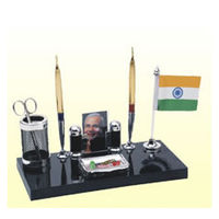 Kebica India Flag Pen Stand