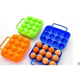 Portable Plastic Egg Storage Box Can Put 12 Eggs hard shell cover