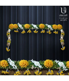 Bandhanwar in white & yellow flowers, yellow and white