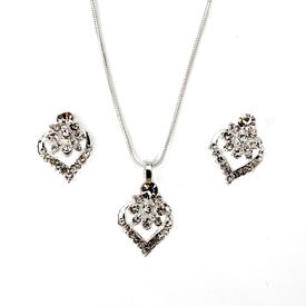 Pink Rose - Complement Collection Silver Heart Metal Necklace Set For Women